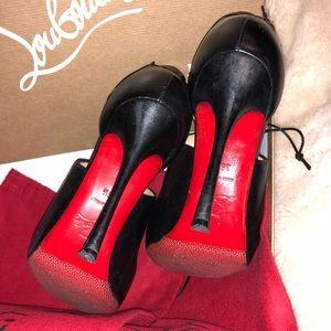 big sale 0223c f249f Christian Louboutin Malefissima Leather Sandals